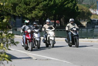 Prova comparativa scooter 300 cc 2011