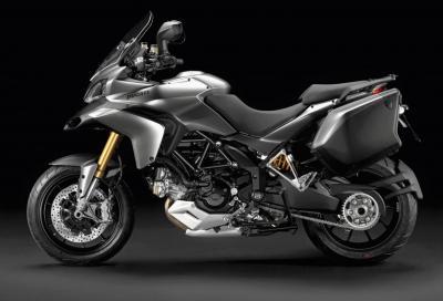 """Ducati all'Eicma 2011: colore titanio per la Multistrada e livrea """"Corse"""" per la Hypermotard"""