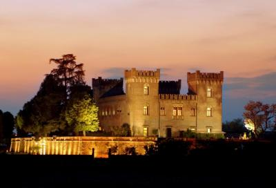 Veneto: cena romantica al Relais Castello Bevilacqua, prima di partire per il Brennero o per un tour dei colli veronesi