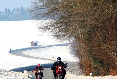 Catene da neve non obbligatorie sulle moto