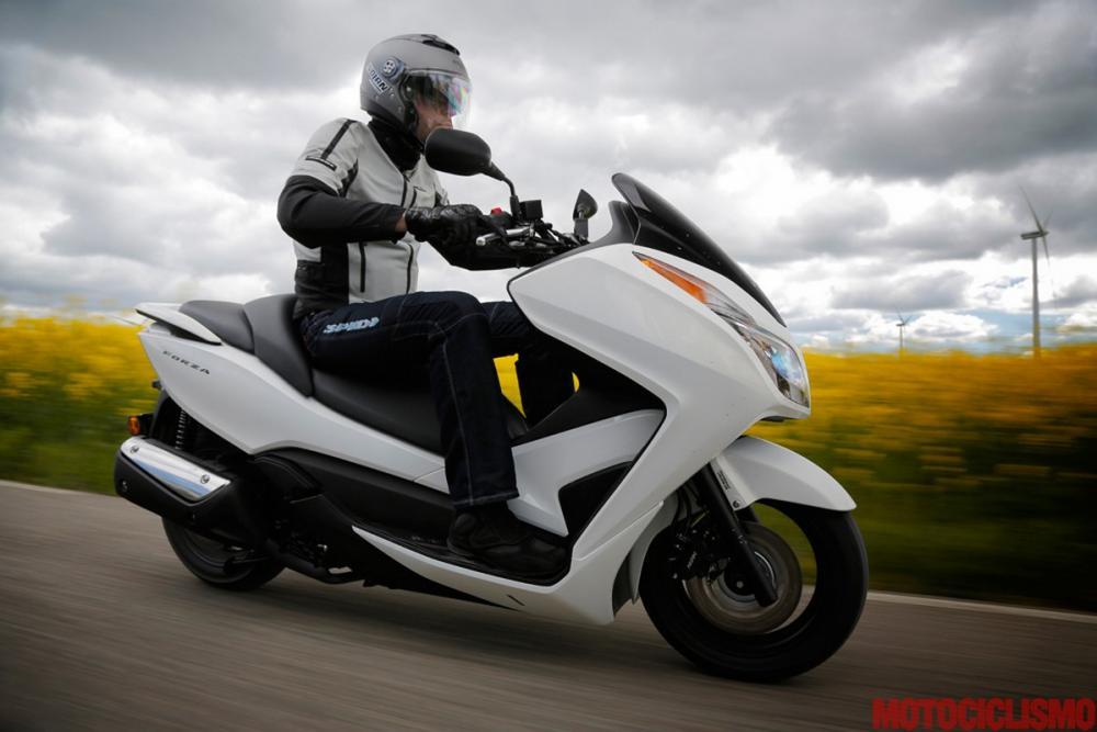 Honda Forza 300 Test Bello Agile Mail Comfort è Migliorabile