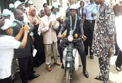 La prima moto Nigeriana si chiama M1 (Valentino Rossi non c'entra)