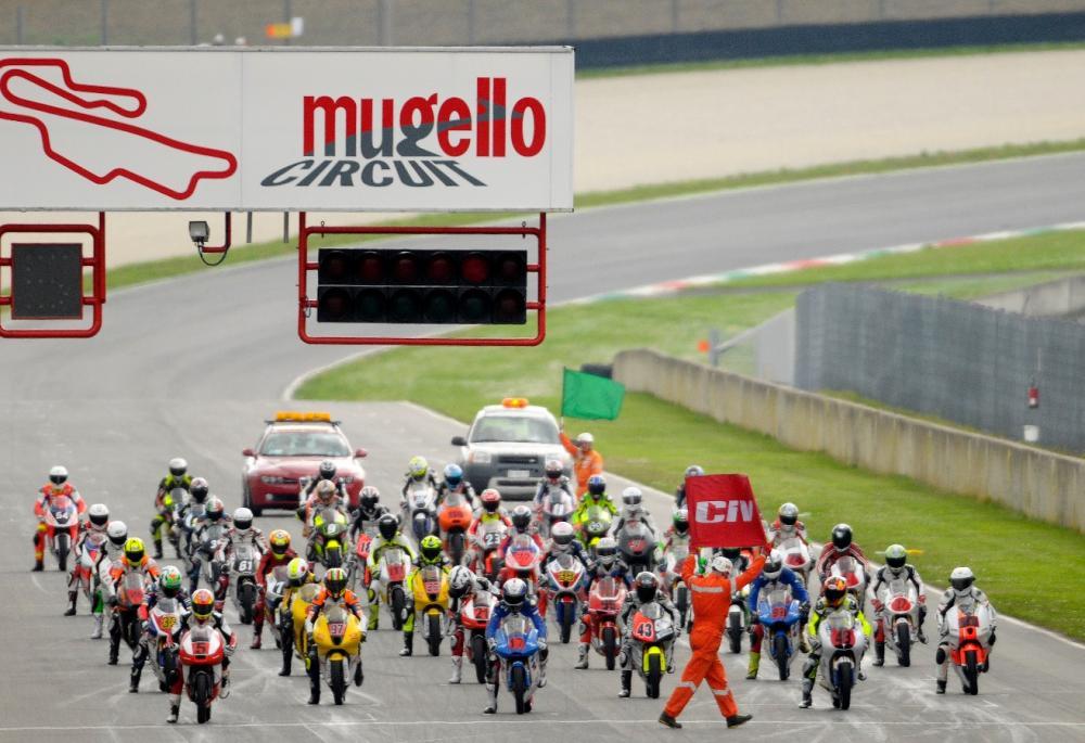 Civ Calendario.Civ Calendario 2014 Cinque Tappe Per Dieci Gare Motociclismo