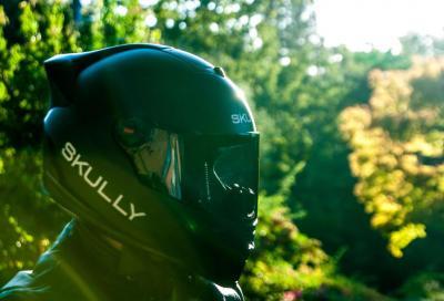 Casco integrale Skully AR-1: integra telecamera e... cruscotto