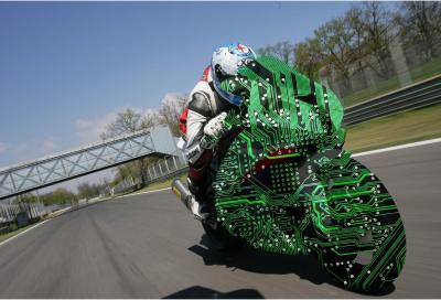 Vuoi tanta elettronica sulla tua moto da sogno?