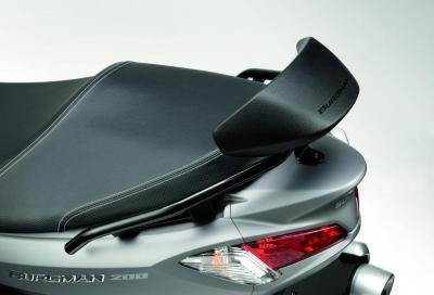 Suzuki Burgman 125 e 200 ABS: arriva la gamma accessori