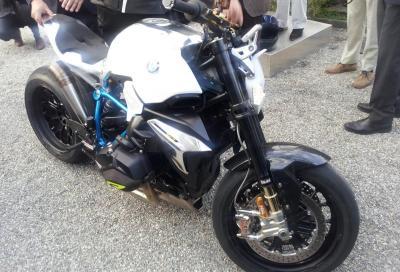 BMW Concept Roadster presentata a Cernobbio