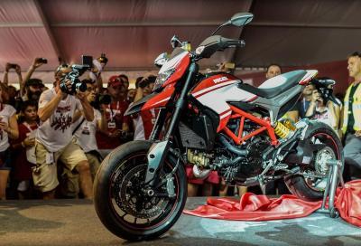 Ducati Hypermotard SP: nuova livrea Ducati Corse (tutte le foto)