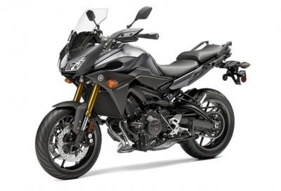 Yamaha: arriva la nuova TDM a 3 cilindri. Le foto