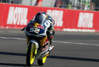 A Kent la pole Moto3 a Motegi, Antonelli 2°. La Moto2 a Rabat