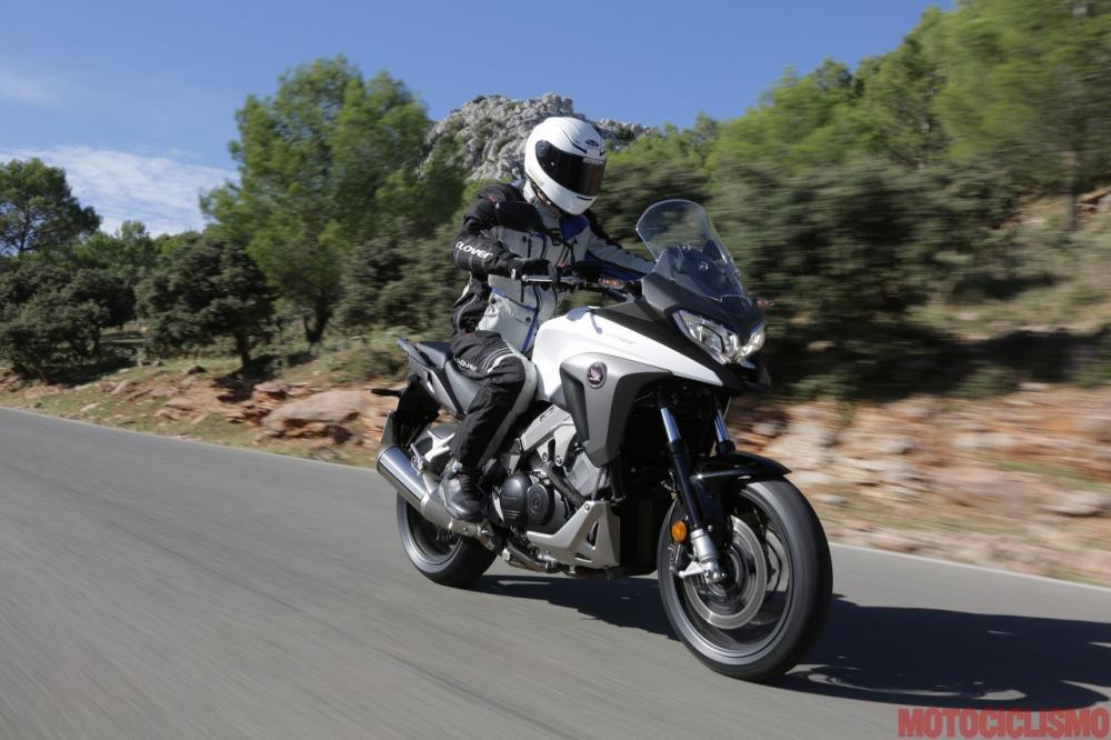 Honda Vfr800x Crossrunner Un Po Più Adventure Motociclismo