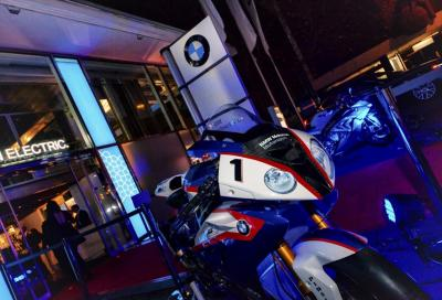 BMW Race Trophy video: la serie, i piloti, la festa, l'azione in pista