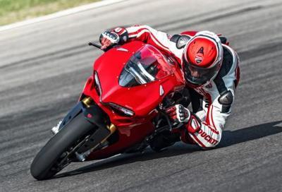 Ducati 1299 Panigale S ed Alessandro Valia: che tempo al Mugello!