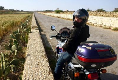 Viaggi in moto: meglio soli che (male) accompagnati