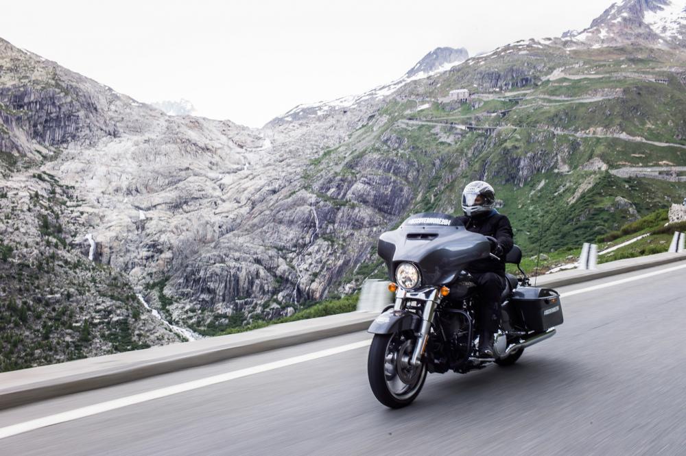 Harley-Davidson Discover More: in viaggio con la Street ...