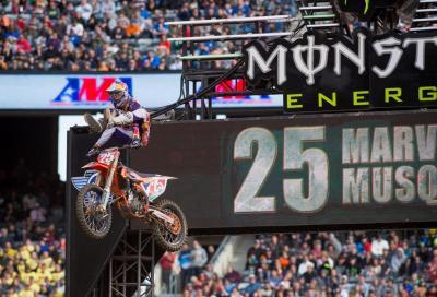 AMA Supercross 2015: KTM vince la 250 Est con Musquin