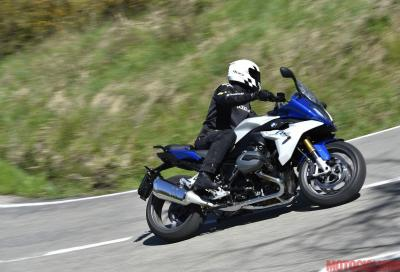 BMW R 1200 RS: la tourer è più agile e svelta della naked