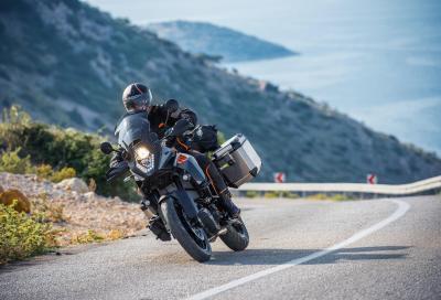 KTM pensa ai viaggi con il Travel Kit per la 1050 Adventure