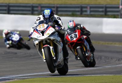 IDM 2015, Nürburgring: 2 volte Reiterberger (BMW), poi Forès e Lanzi (Ducati)