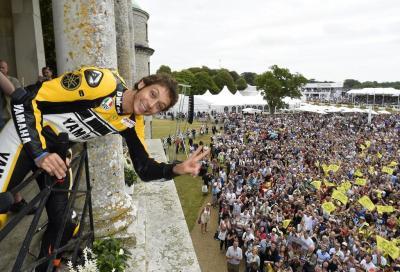 Rossi festeggia i 60 anni di Yamaha a Goodwood 2015