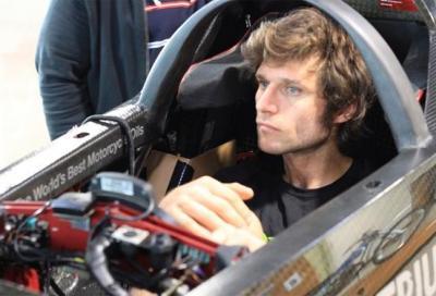 Triumph: rimandato il tentativo di record di velocità con Guy Martin