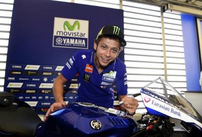 All'asta per beneficenza la Yamaha R1 in livrea MotoGP firmata da Rossi