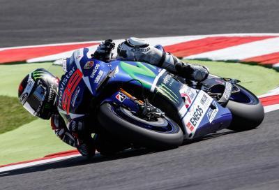 MotoGP 2015, Misano: Lorenzo 1° a suon di record nelle libere del venerdì