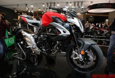 MV Agusta Brutale 800 2016: nuovo look, nuovo motore