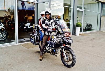 In moto dalla Terra del Fuoco all'Alaska per un progetto umanitario