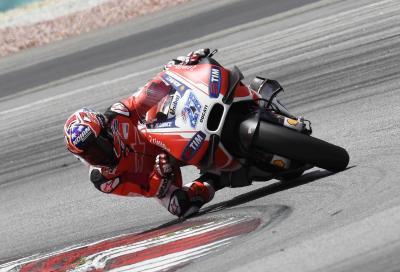 Stoner torna in pista con la Ducati Desmosedici: foto e video