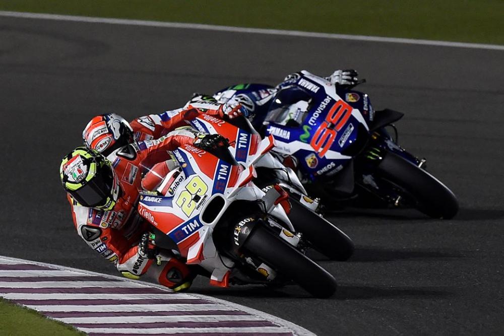 Sondaggio  Le ali delle MotoGP secondo te sono pericolose ... 3b21e76a70f