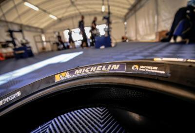 Difficile avvio di Michelin in MotoGP: sei favorevole al monogomma?