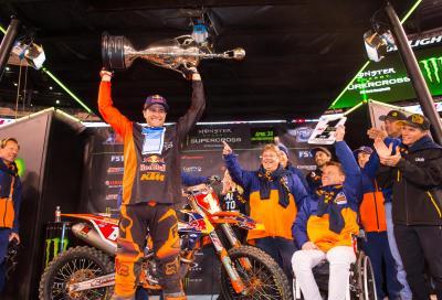 AMA SX 2016: Dungey è Campione anche senza salire sul podio, vince Roczen