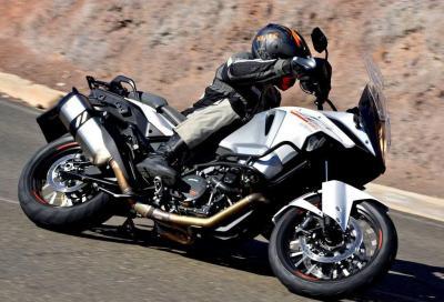 KTM 1290 Super Adventure: richiamo per verifica alle sospensioni