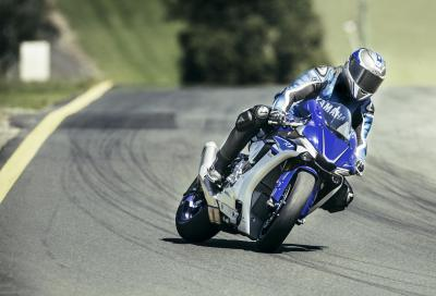 Metzeler Days On Track: test ride con la Yamaha R1 a Vallelunga