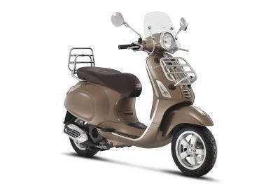 """Vespa """"small body"""": nuovi motori, ABS di serie e molto altro"""