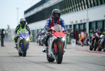 In pista con le Yamaha per il Dainese e AGV D-Stores Track Day