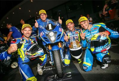 Suzuki campione a Oscherlsleben (gara a GMT94 Yamaha, con Canepa)