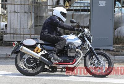 Moto Guzzi V7 2017: arrivano nuovi motori