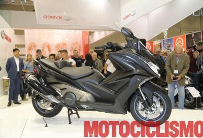Kymco AK 550: nuovo maxi scooter taiwanese dal DNA italiano