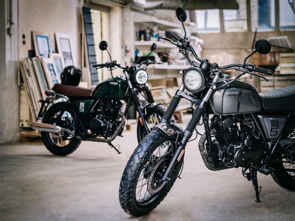 moto vintage 125 cc brixton bx 125 piccola classica al salone di colonia 2016 motociclismo. Black Bedroom Furniture Sets. Home Design Ideas