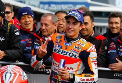 Marquez è perfetto: pole a Phillip Island, Rossi solo 15°