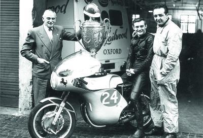 """Mike """"The Bike"""" e la Ducati Desmo GP 250: grazie, papà!"""
