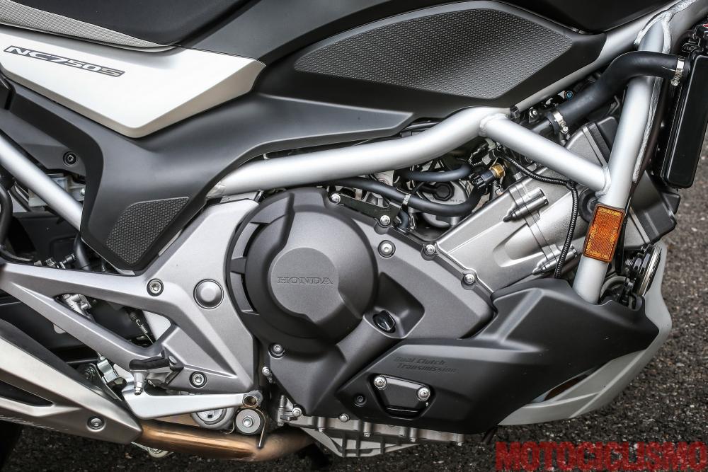 Prova Honda Nc750s Dct Pregi Difetti Prestazioni Rilevamenti