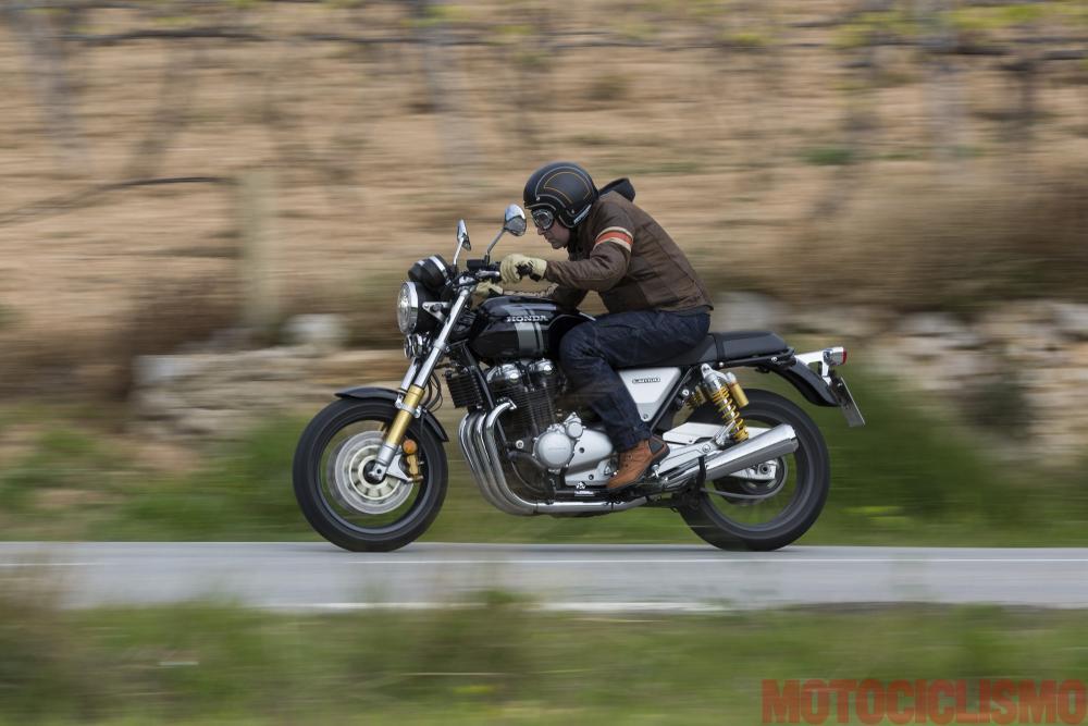 Prova Delle Honda Cb1100ex E Rs 2017 Pregi E Difetti Motociclismo