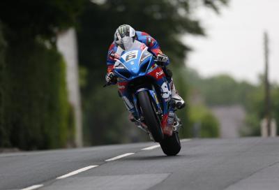 TT 2017: Micheal Dunlop riporta alla vittoria la Suzuki GSX-R al Senior TT