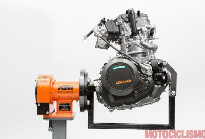 """KTM 690: i segreti del """"mono"""" di serie più potente che c'è"""