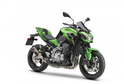 Kawasaki Z900, fino al 29/9 con kit Performance gratis