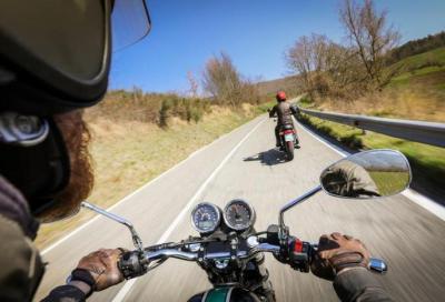 Moto Guzzi V7 III Special vs Triumph T100 Black