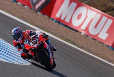 Melandri show a Jerez: beffa Rea e centra la pole